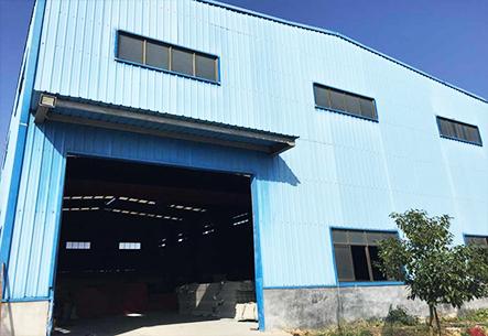 蓝色梯形波塑料瓦厂房