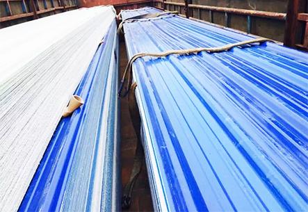 蓝色梯形波塑料瓦